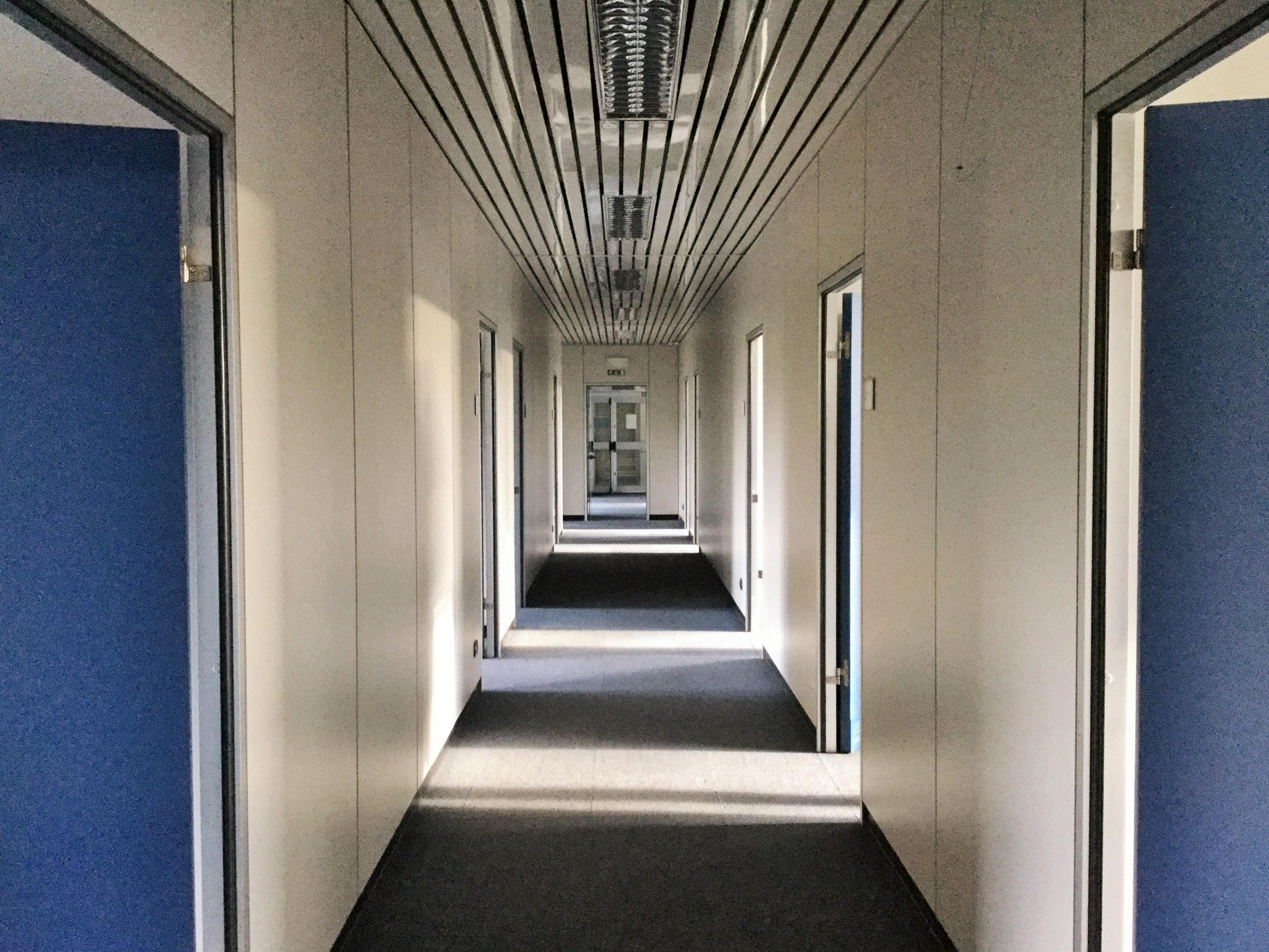 Ufficio, Como