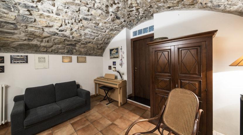 Cerca casa Maslianico