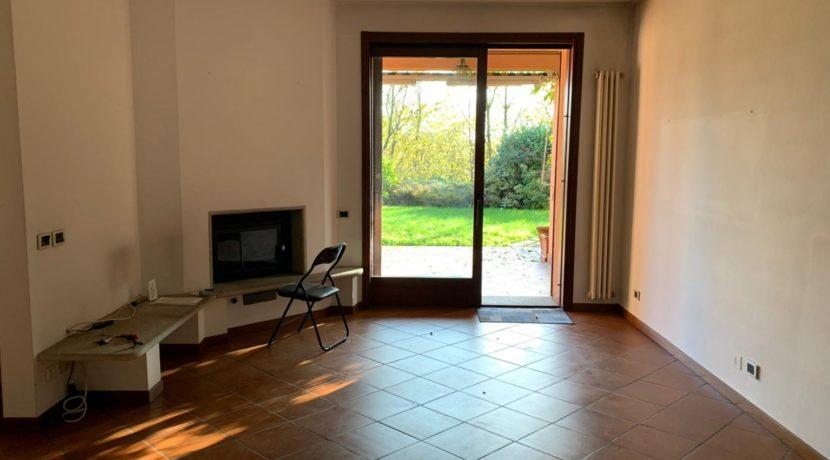 Villa bifamiliare Montorfano