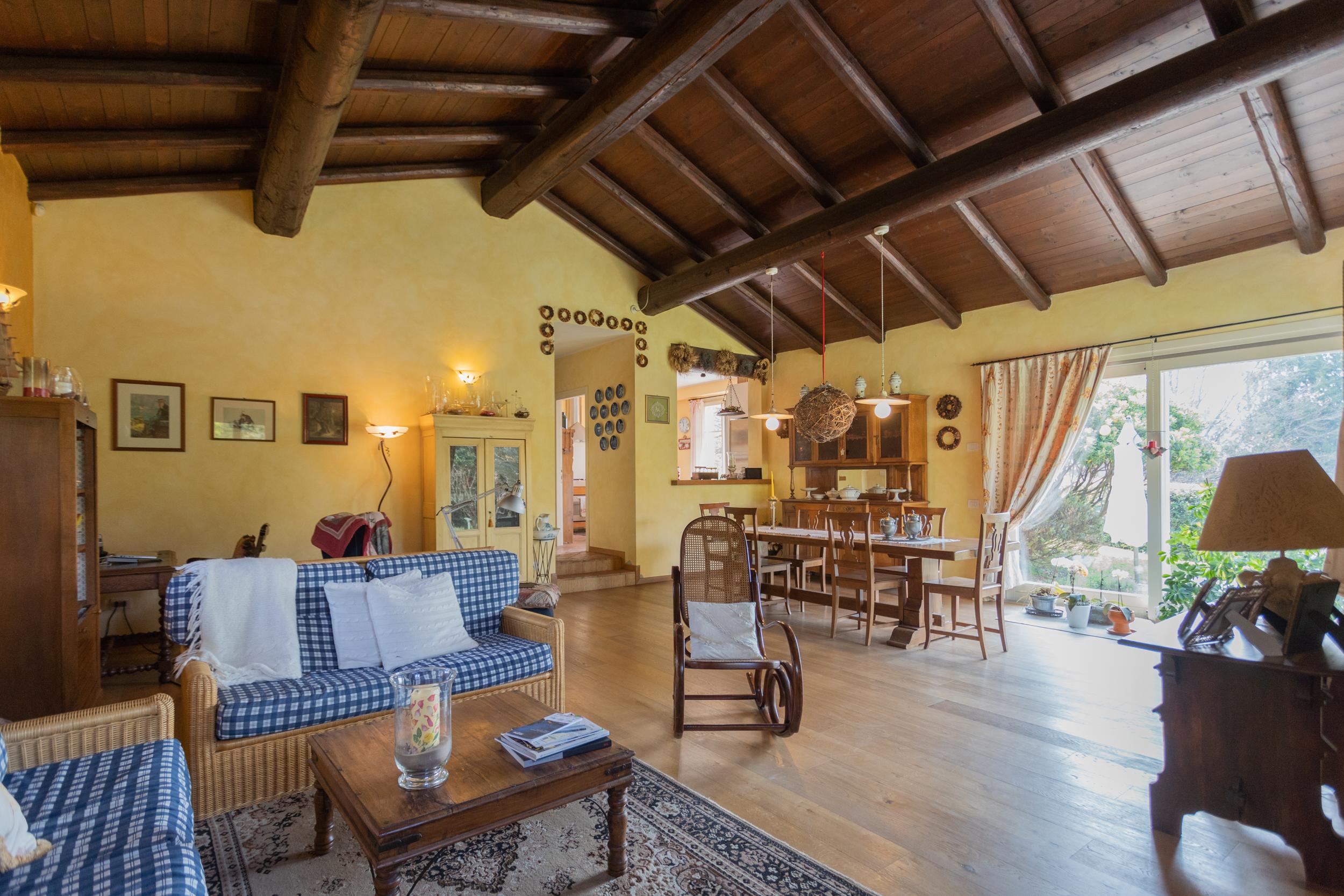 Villa Singola Capiago Intimiano